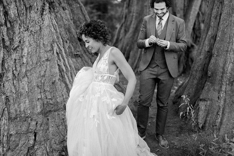 Wedding couple amongst the magical sequoia trees
